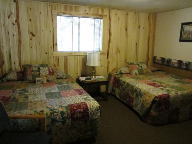 Motel Room 8-John Wayne (Basic Room)